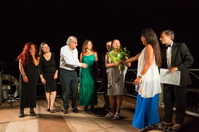 il 16 Settembre 2018 Vittorio Sgarbi inaugura la mostra: La storia, La luce, i coloro, l'Etna dedicata al maestro Giuseppe Cuscona